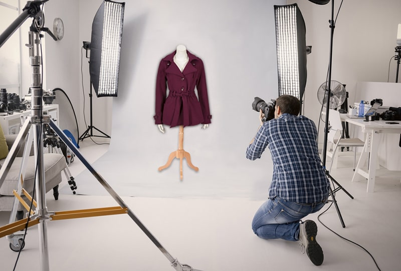 Take Standing Clothing Photos Photograph Using Mannequin