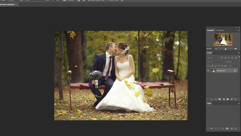 original image reopens in Photoshop